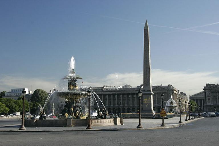 Place de la Concorde licenced CC BY SA 3.0 by Nitot