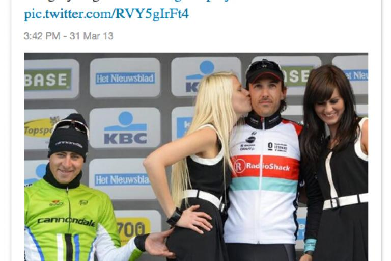 Sagan bum pinching