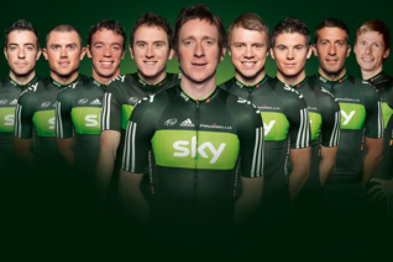 Team Sky 2011 TDF group pic.jpg