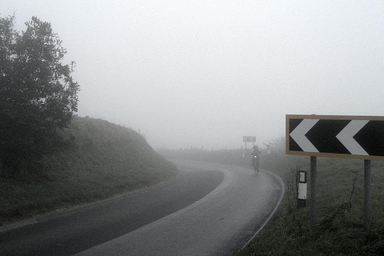 The top of Ditchling Beacon (CC BY-NC-SA 2.0 Simon Li:Flickr)