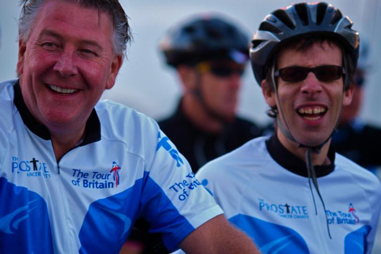 Tommy Walsh and David Schneider, Prostate Cancer Charity Tour Ride London 2010 (© Simon MacMichael)