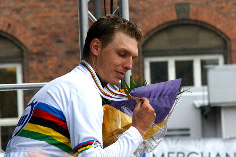 Tony Martin after wining 2011 WC TT (Mogens Engelund, Wikimedia Commons)