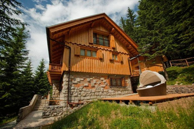 Villa Triglav (source Booking.com)