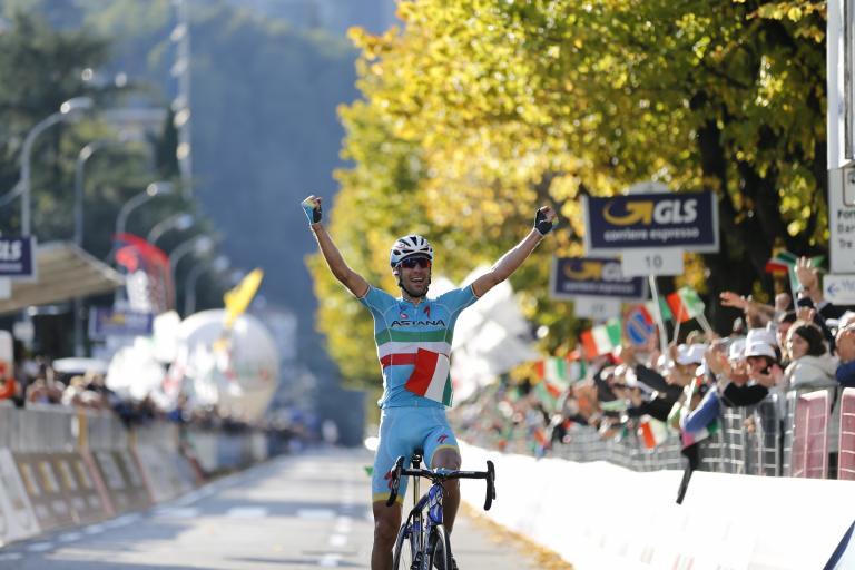Vincenzo Nibali wins 2015 Lombardia (picture ANSA-Carconi-Peri)