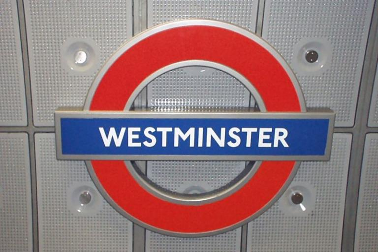 Westminster Undergorund sign licensed CC BY-SA 3.0 by ed g2s
