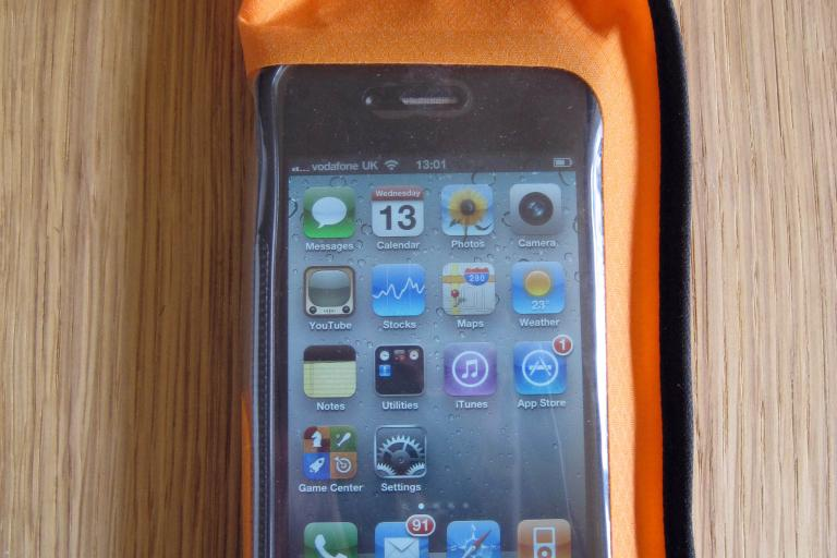 Aquapac iPhone case front.JPG