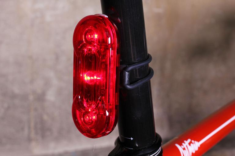 Izone Curve 2 rear light