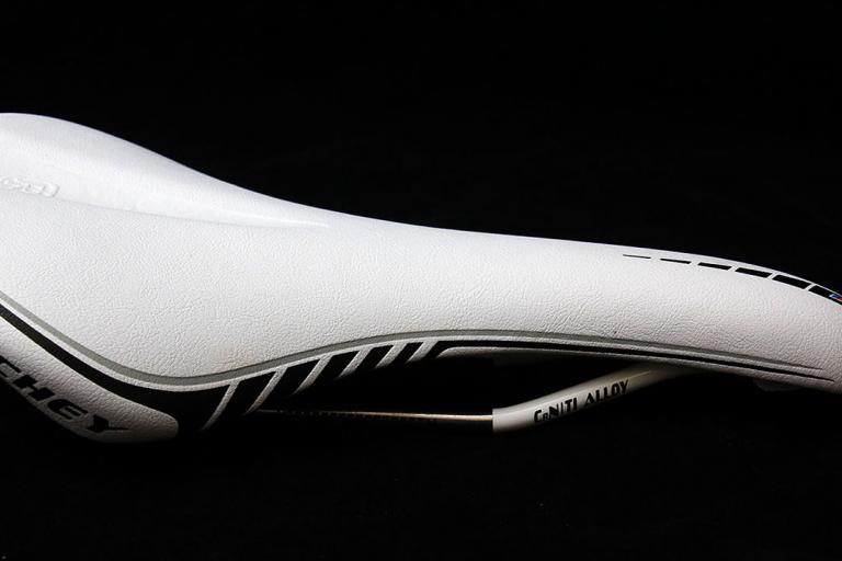 Ritchey WCS Contrail saddle
