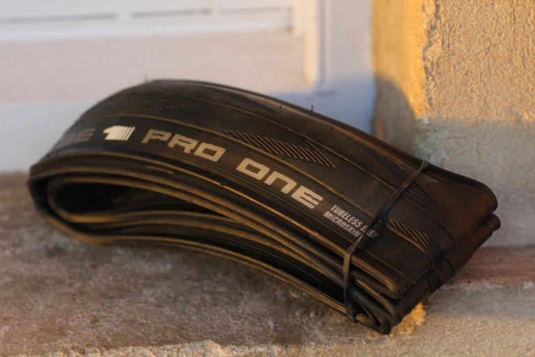 Schwalbe Pro One tubeless tyre