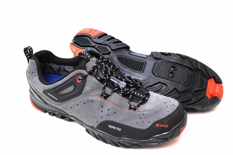 Shimano MT60 shoe