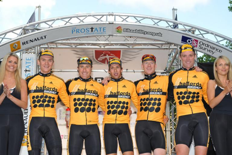 Tour Series Round 6 Halfords on the podium ©www.joolzedymond.com
