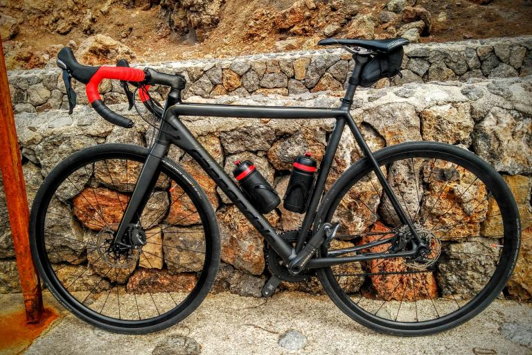 Cannondale CAAD10 Ultegra, Shimano hydraulic disc brakes