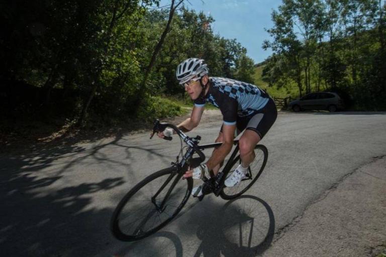 Kinesis Aithein - fast corner (Geoff Waugh Photos) 1.jpg