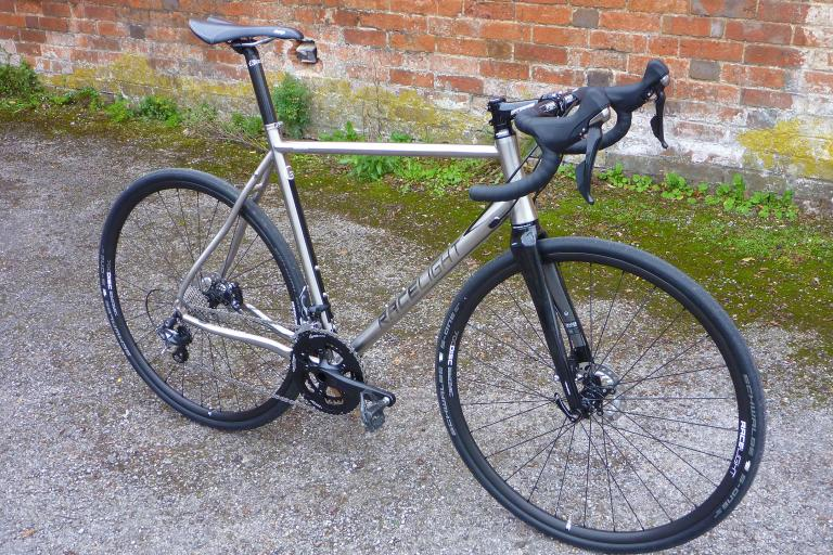 Kinesis GF_Ti Disc - full bike 2.jpg