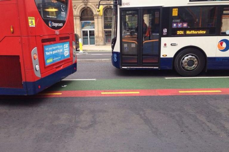 Manchester Portland Street cycle lane (picture via Twitter user Racco).JPG