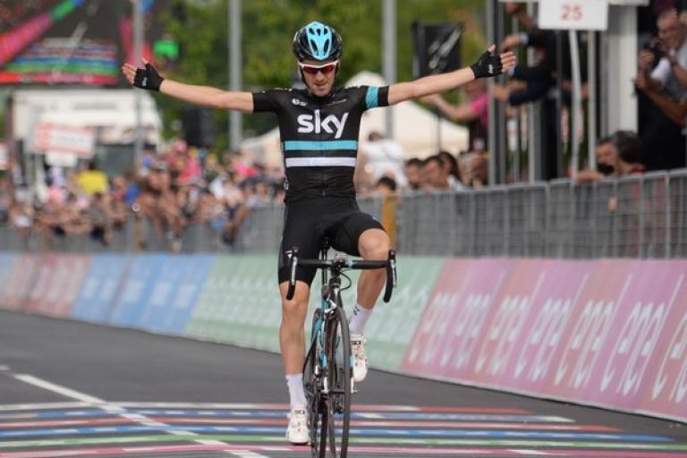 Mikel Nieve wins Giro d'Italia 2016 Stage 13 (PHOTO CREDIT ANSA - PERI - DI MEO - ZENNARO).jpg
