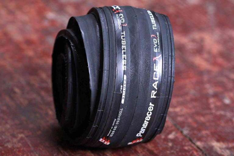 Panaracer Race A Evo Tubeless tyre.jpg