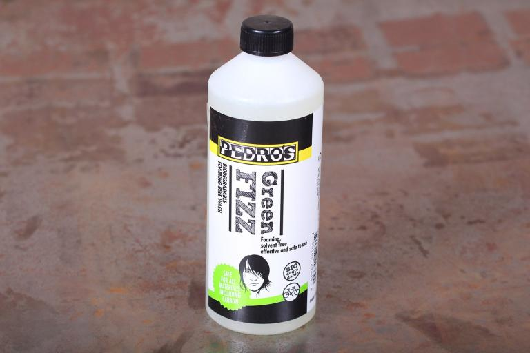 Pedros Green Fizz Foaming Bike Wash.jpg