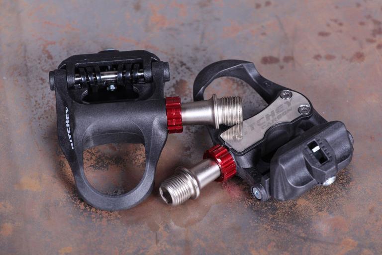 Ritchey WCS Carbon Echelon Pedals.jpg