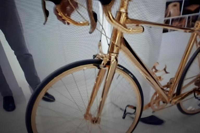 gold bike.png
