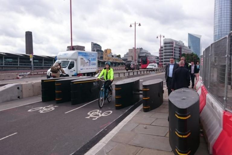 Security barriers on Blackfriars Bridge (picture credit Evo Lucas on Twitter).jpeg