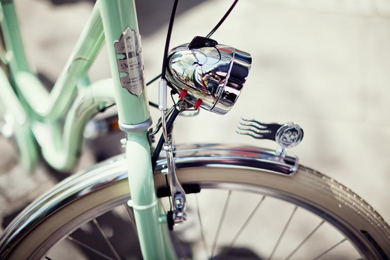 Shiny new bike (CC BY-NC-ND 2.0 Alexander Rentsch:Flickr).jpg