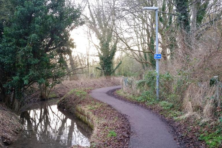 Snakey Path, Cherry Hinton, Cambridge (picture copyright Simon MacMichael).jpeg