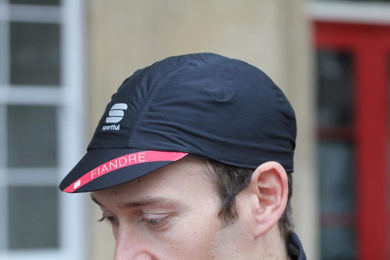 Sportful Fiandre cap.jpg