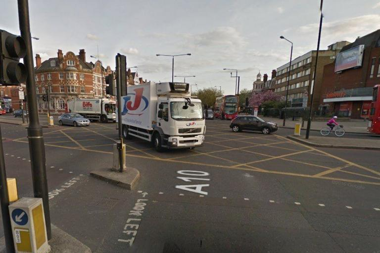 Stamford Hill and Clapton Common junction (via StreetView).jpg