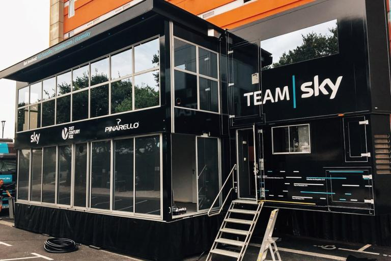 Team Sky Race Hub (picture via Team Sky on Twitter).jpg