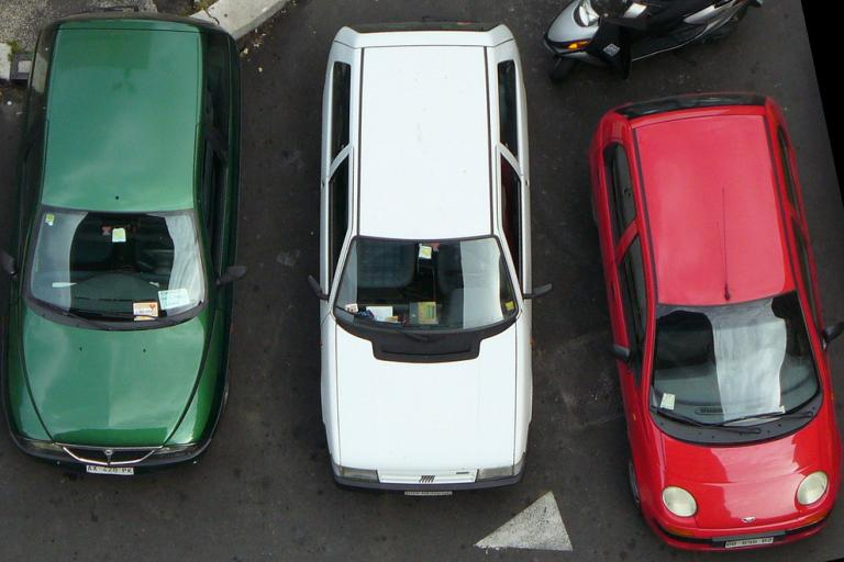 Tricolore cars (licensed CC BY 2.0 on Flickr by Umberto Rotundo).jpg