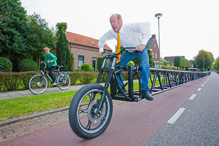 Worlds longest bicycle courtesy Guinness World Records.jpg